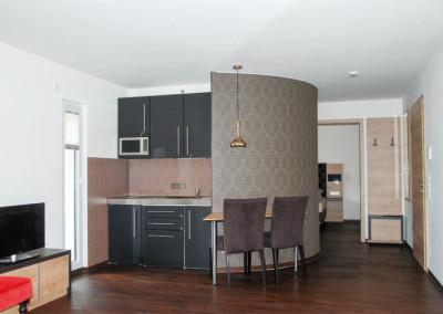 Apartment - Kategorie B - Küchenzeile
